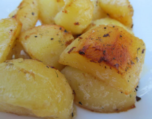 Super Easy Roasted Red Potatoes Recipe - Genius Kitchen