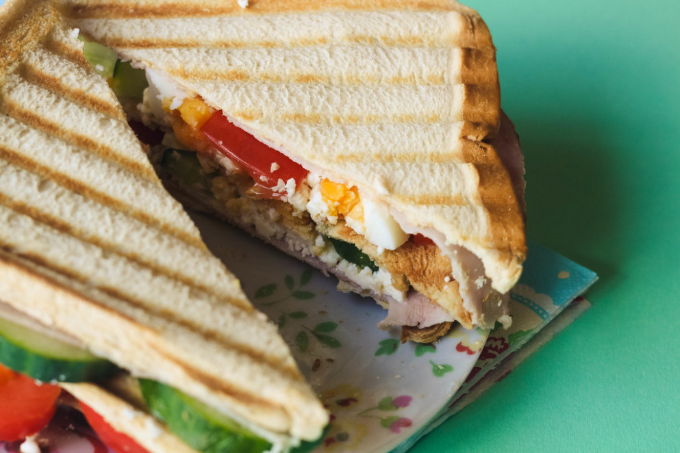 sw-slimming-world-treat-meal-recipe-for-ham-and-egg-club-sandwich_35068271723_o