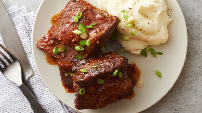The Simplest Slow-Cooker Recipes Ever - BettyCrocker