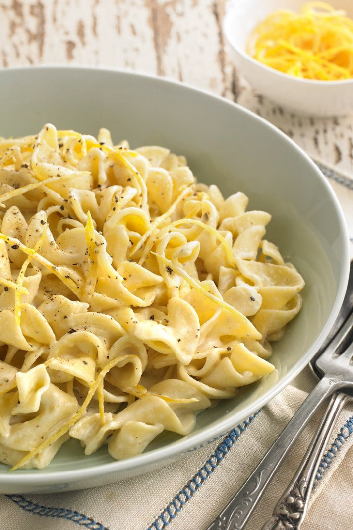 This astonishingly delicious pasta dish is surprisingly ...