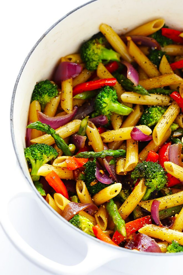 This Balsamic Veggie Pasta recipe is quick and easy to ...