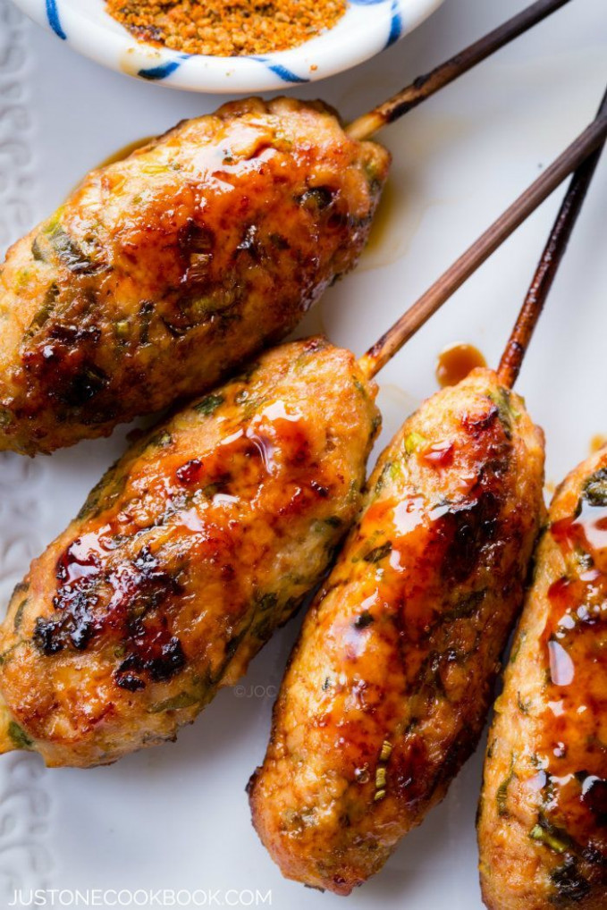 Tsukune | Recipe | Chicken Recipes | Easy japanese recipes ...