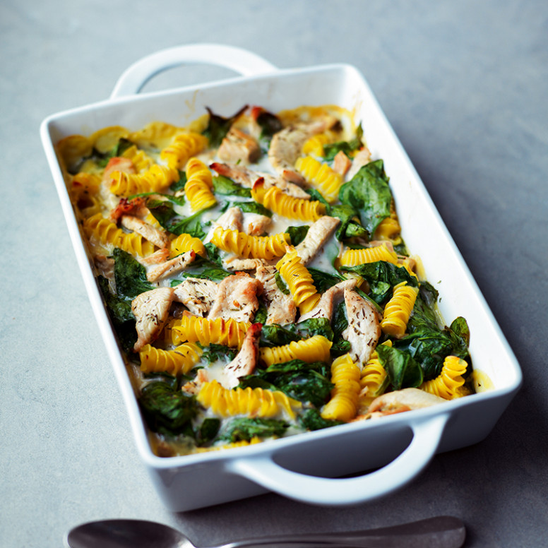 Turkey and spinach pasta bake | Healthy Recipe | Weight ...