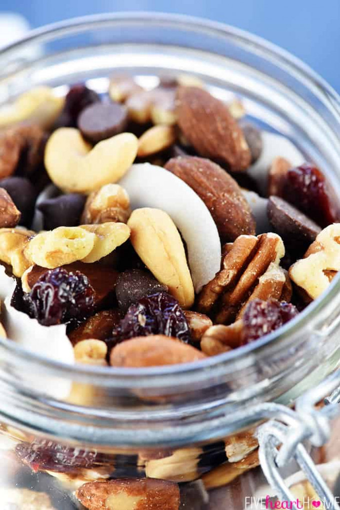 ULTIMATE Healthy Trail Mix • FIVEheartHOME