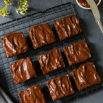 VEGAN BANANA BROWNIE RECIPE WITH HEALTHY FROSTING | The …