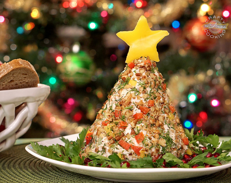 VIDEO RECIPE > Chicken Salad Christmas Tree! Fancy and ...