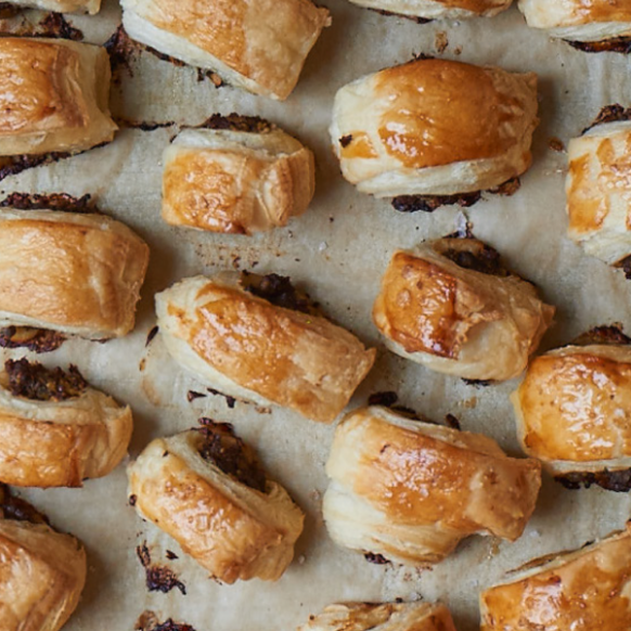 Wellington Sausage Rolls - The Happy Foodie