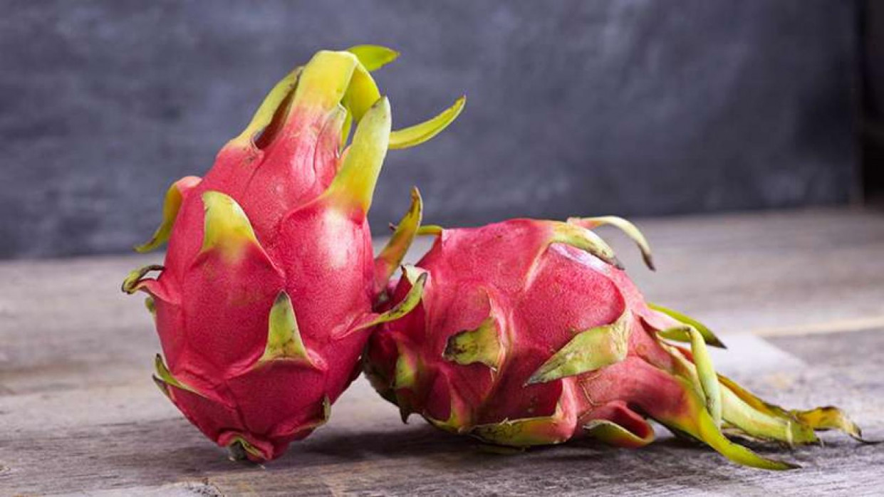 What Does Dragon Fruit Taste Like? | Rachael Ray Show