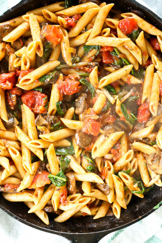 Whole Wheat Penne with Mushrooms, Spinach, and Tomatoes ...