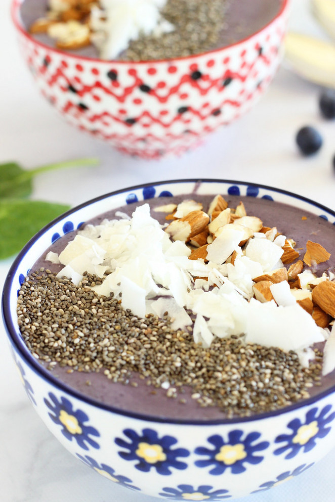 Wild Blueberry Kefir Smoothie Bowl|Craving Something Healthy